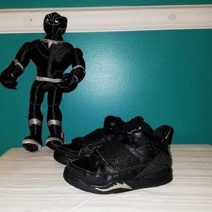 501183c02d2336 Boys Black Jordan Sneakers